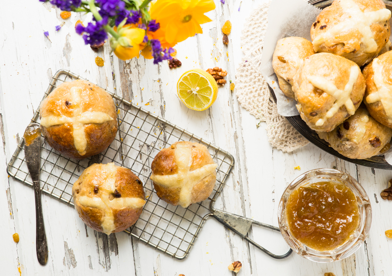 Vegan Hot Cross Buns - Easter