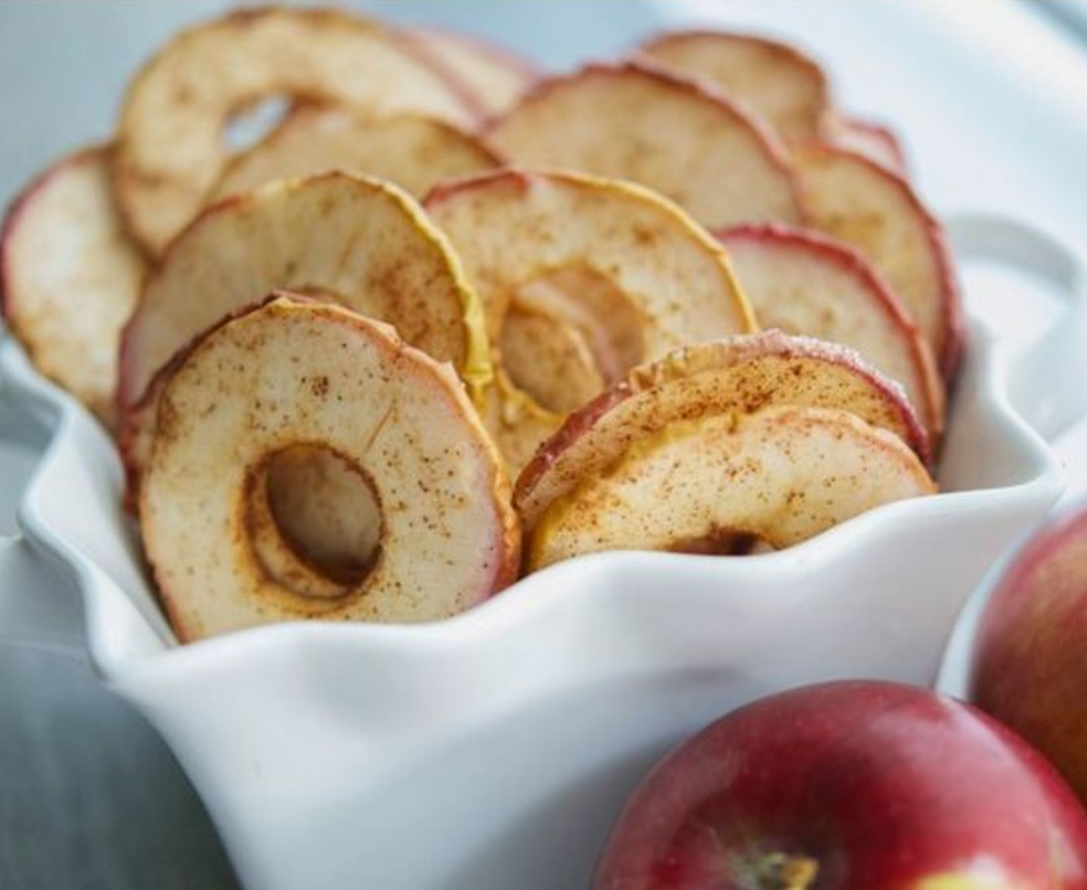 cinnamon vegan apple crisps
