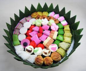 Malaysian kuih on a round platter